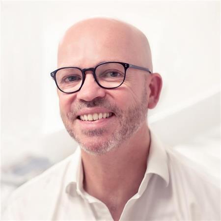 Dr Chris Wood
